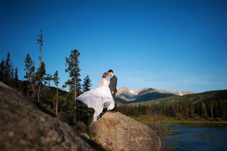 Destination wedding photographer in Colorado by True North Photography Kira (Horvath) Vos.