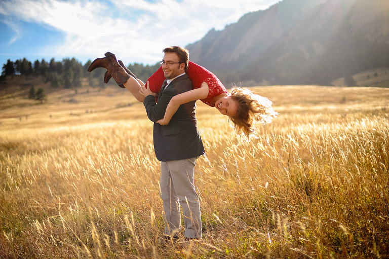 Fall Engagement photography from Boulder, Colorado by destination wedding photographer Kira Vos (Horvath) with TrueNorthPhotography.org